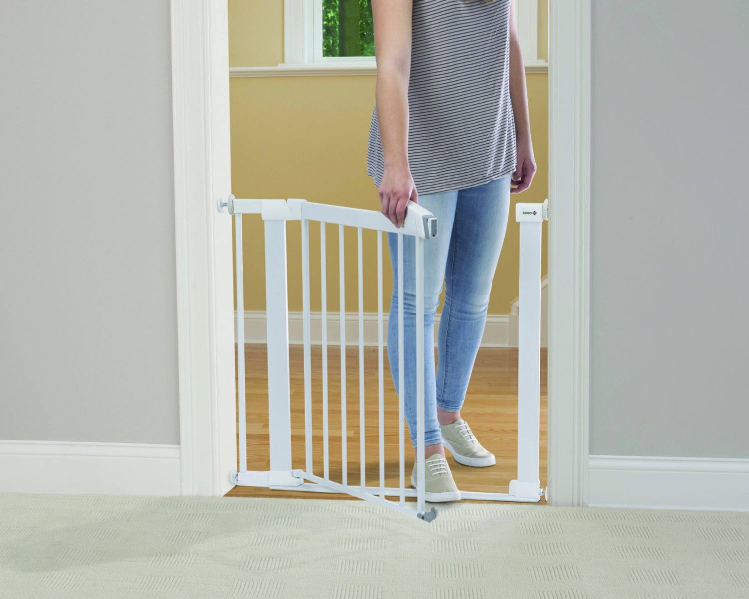 Safety 1st SecurTech® Flat Step Metal Gate product image