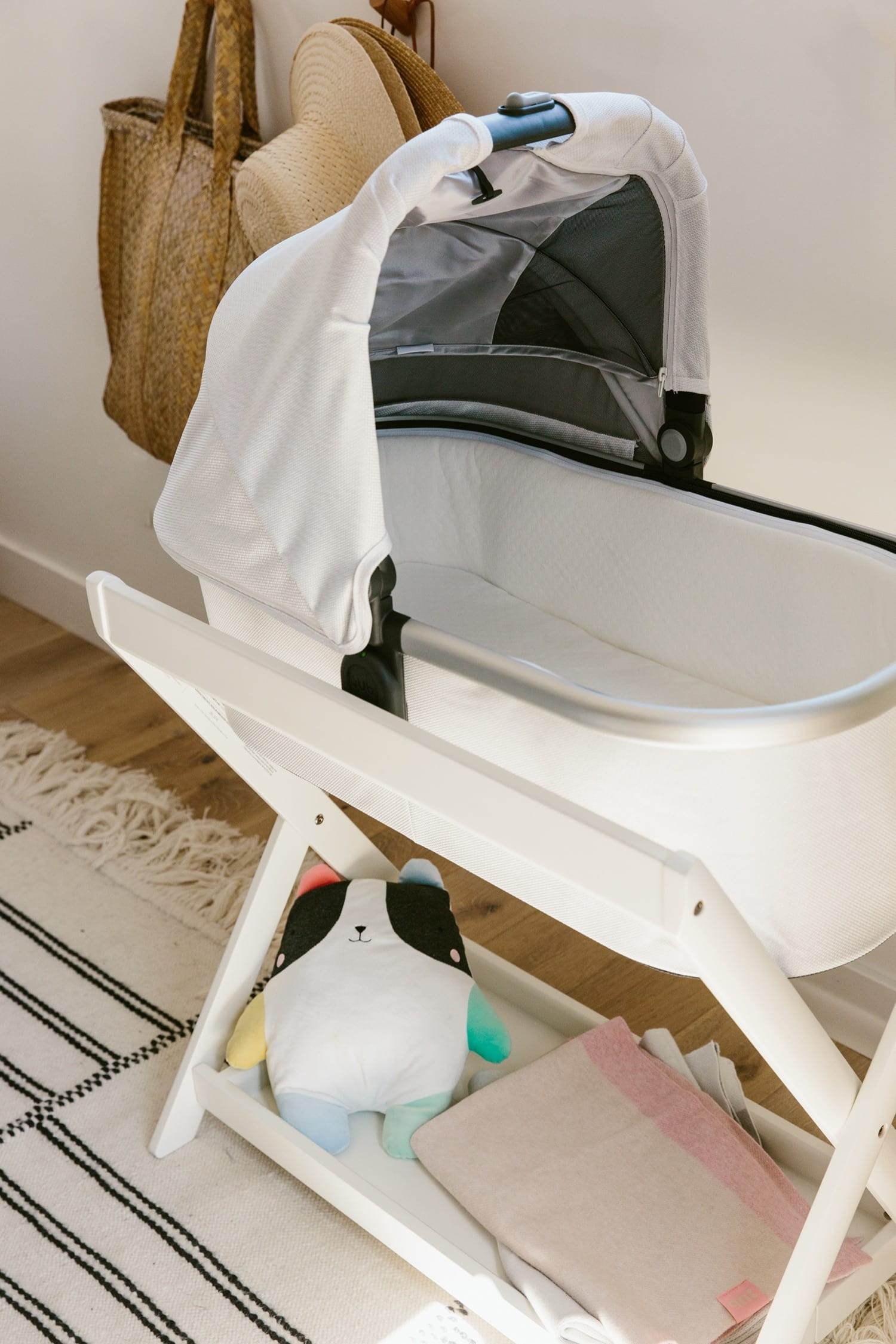 UPPAbaby Bassinet Stand, White product image